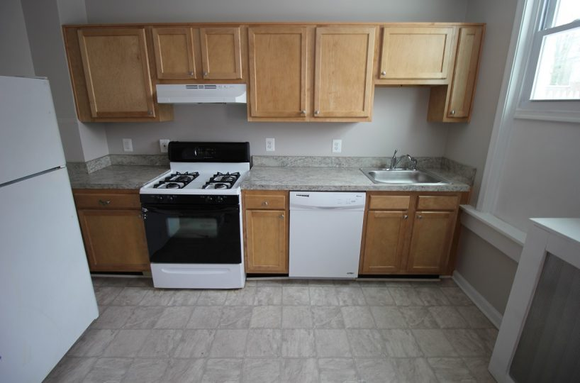 Kitchen with Fridge and Oven 4670 York Rd