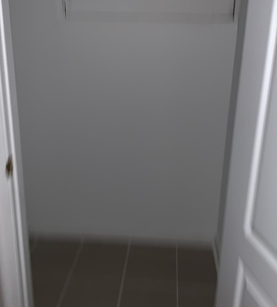 Closet 1808 Mcculloh