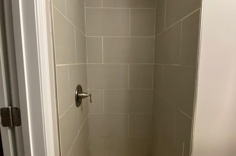 Shower 534 Beaumont Ave Home
