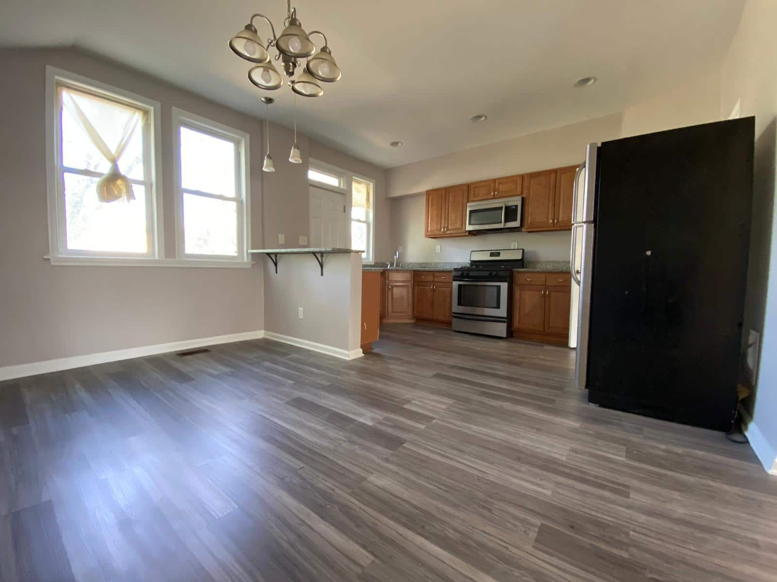 Open Plan Layout at 534 Beaumont Ave