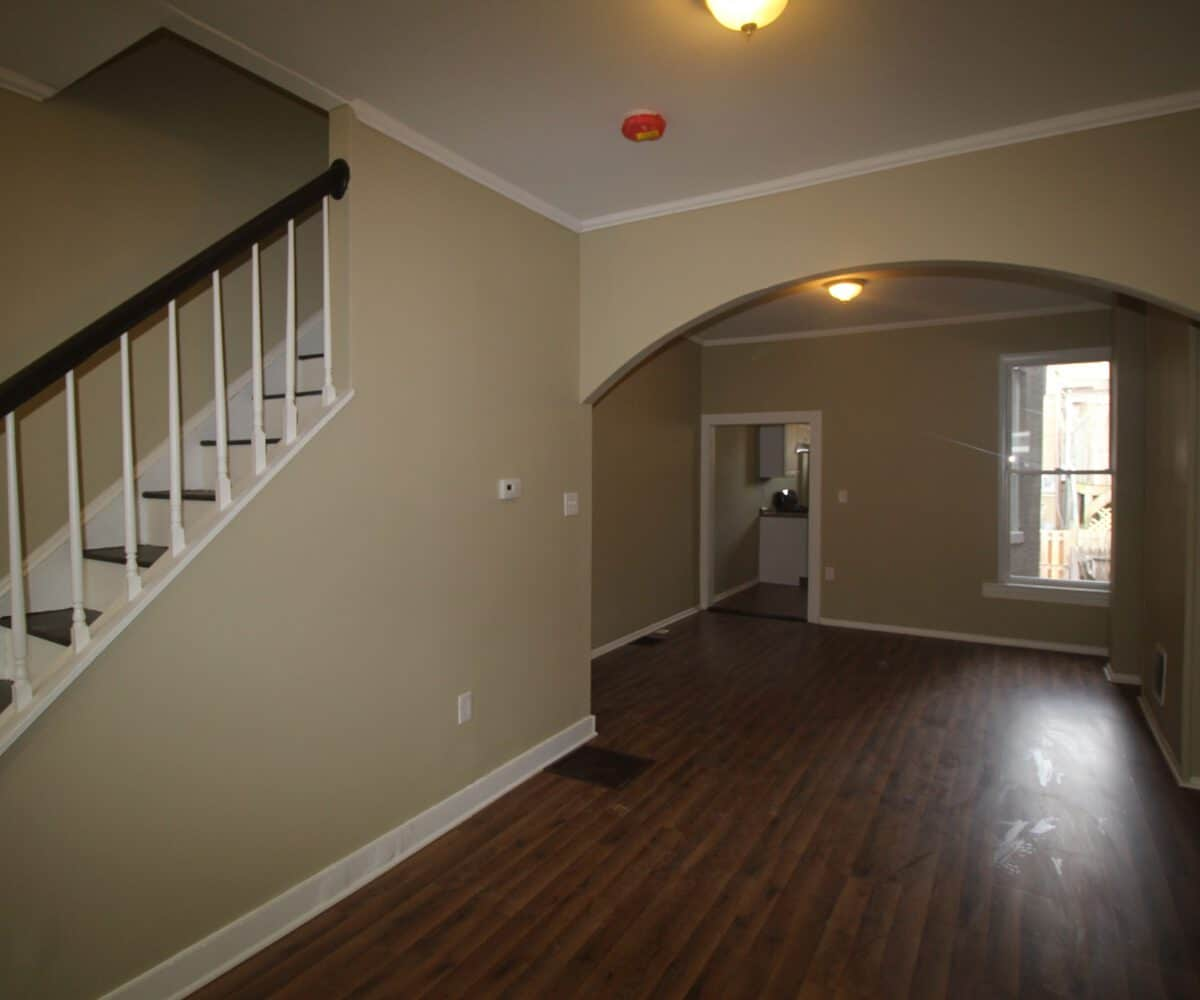 237 N Luzerne Living Room