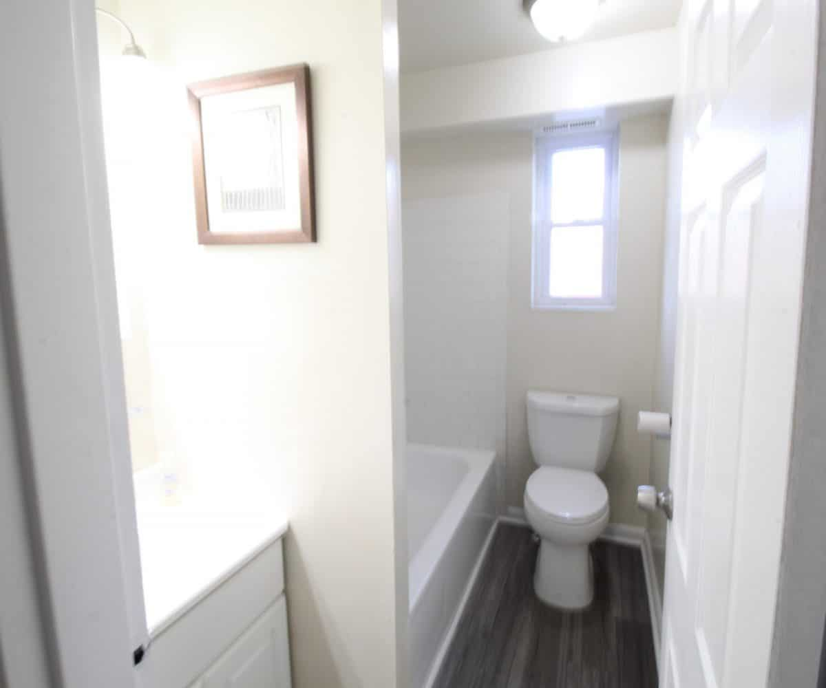 Wildwood Gardens Bathroom