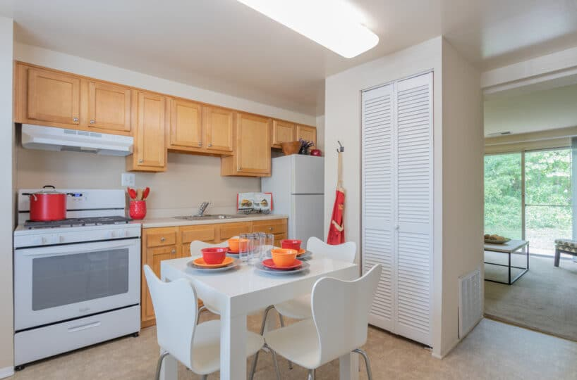 Fontana Eat-In Kitchen with View of Living Room